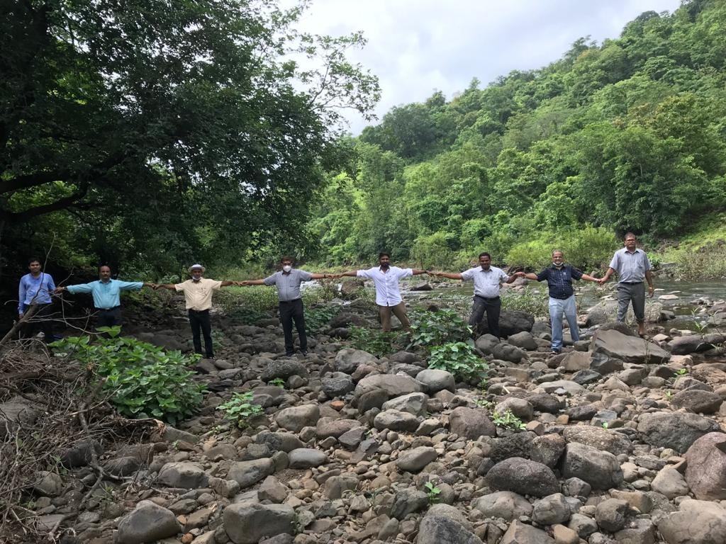 Visit DVG link site with Secretary WRD photo 2